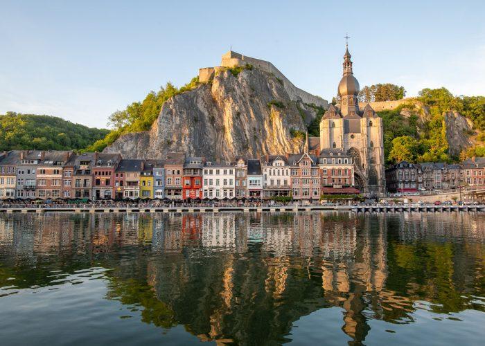 Dinant is de Belgische stad van het moment