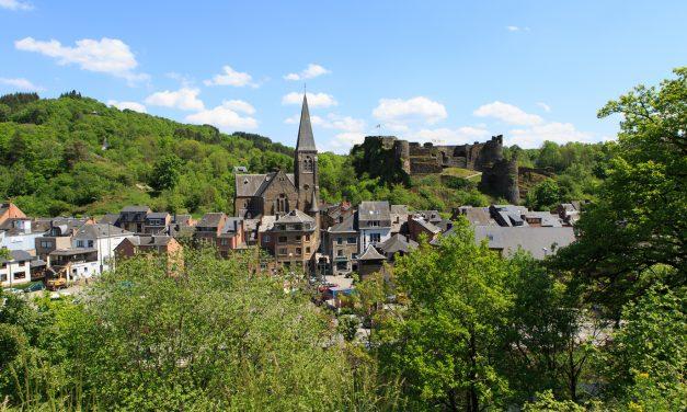 La Roche-en-Ardenne: nodigt uit om vakantie te nemen