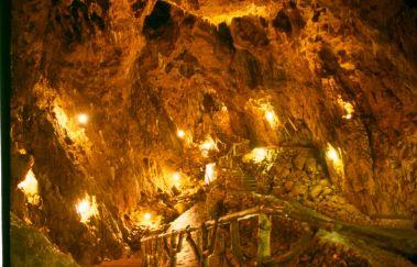 Grotte la Merveilleuse-Grottes tot Provincie Namen
