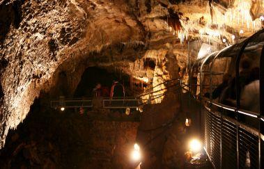 Grotten van Hotton-Grottes tot Provincie Luxemburg