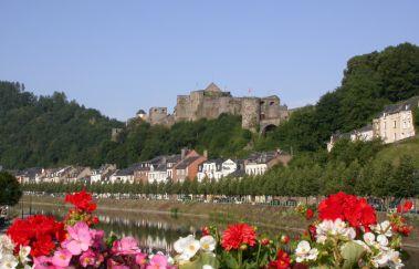 Versterkte burcht van Bouillon-Chateaux tot Provincie Luxemburg
