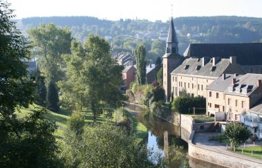 Houffalize-Ville tot Provincie Luxemburg