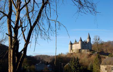 Houyet-Ville tot Provincie Namen