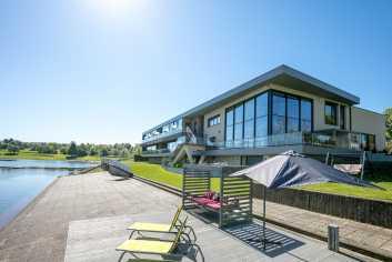 Zeer luxueus appartement aan het meer van Butgenbach