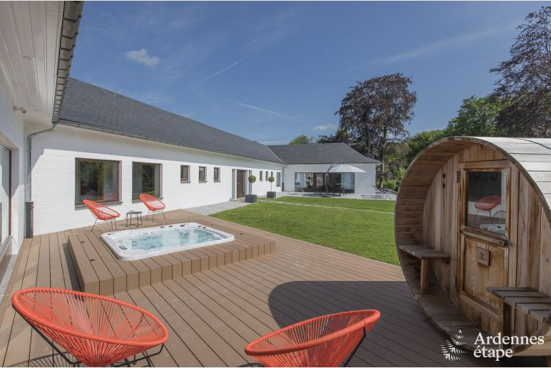 Luxe villa in Ciney voor 14 personen in de Ardennen
