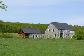 Vakantiehuis voor 2 personen in gerenoveerde hoeve te huur in Couvin