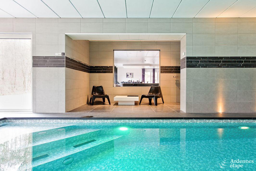 Luxevilla met zwembad en wellness voor 9 personen te huur for Luxe villa met zwembad