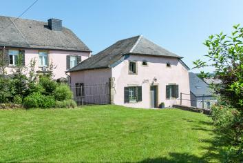 Gezellig vakantiehuis te huur in het centrum van een dorp bij Florenville