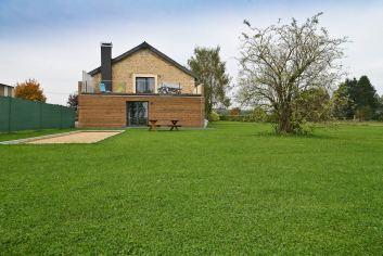 Voormalige boerderij omgebouwd tot vakantiewoning voor 7-9 personen mét wellnesscentrum in Florenville