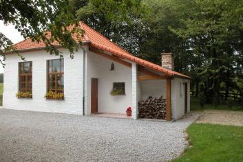Knus vakantiehuis voor 5 personen in een oude school in Froidchapelle