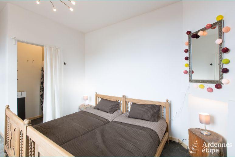 Vakantiehuis 5 Slaapkamers : Dorpswoning voor personen met slaapkamers te huur in herbeumont