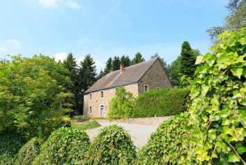 Behaaglijk vakantiehuis met jacuzzi voor 9 personen te huur in Hotton