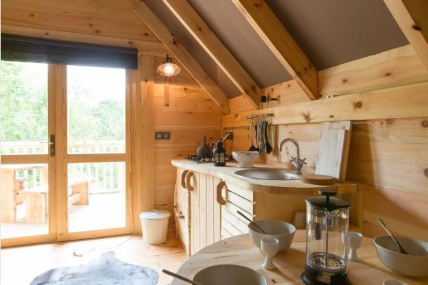 Romantisch chalet voor twee middenin in de bossen nabij houffalize - Keuken voor chalet ...