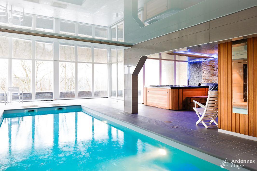 Luxevilla met zwembad en wellness voor 27 personen te huur for Luxe villa met zwembad