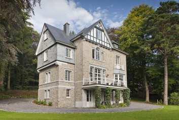 Luxueus kasteel met wellness voor 9 personen in Spa