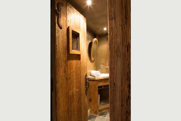 Ruim chalet met een uitzonderlijke luxe in een subliem kader in waimes - Uitzonderlijke badkamer ...