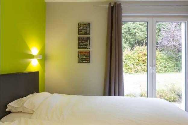 4 sterren vakantiehuis voor 14 personen met jacuzzi sauna. Black Bedroom Furniture Sets. Home Design Ideas