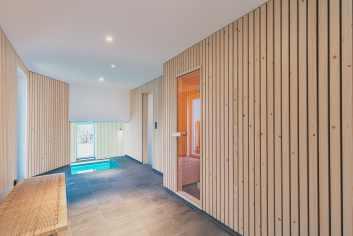 Luxe villa met binnenzwembad in Weismes voor 9 personen